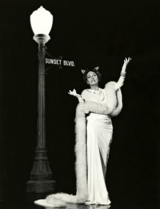 Sunset_Blvd_Gloria_Swanson_1950